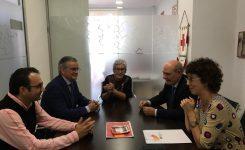 Cruz Roja y la AVI crearán un comité de innovación para desarrollar soluciones frente a la soledad no deseada en colectivos vulnerables