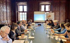 La dirección del CEI valida las soluciones a los retos empresariales propuestas por especialistas de la AVI
