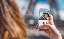 L'AVI dona suport al desenvolupament d'un nou videoporter intel·ligent que permet atendre la cridada amb el telèfon mòbil