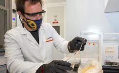 L'AVI dona suport al desenvolupament de nous materials i recobriments sostenibles per a fer front a les infeccions hospitalàries